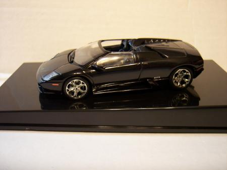 54552 Lamborghini Black 143 Scale