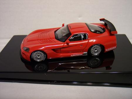 60420 Dodge Viper Competition Coupe Plain Body Version143 scale