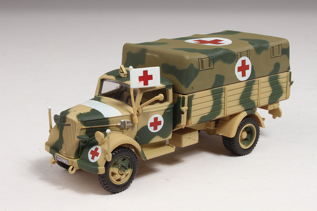 95903 Opel Blitz 3.6-36S Ambulance 172 scale