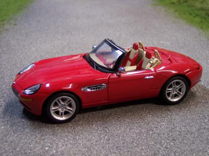 B11Zk57 BMW Z8 Red 1/24 Scale