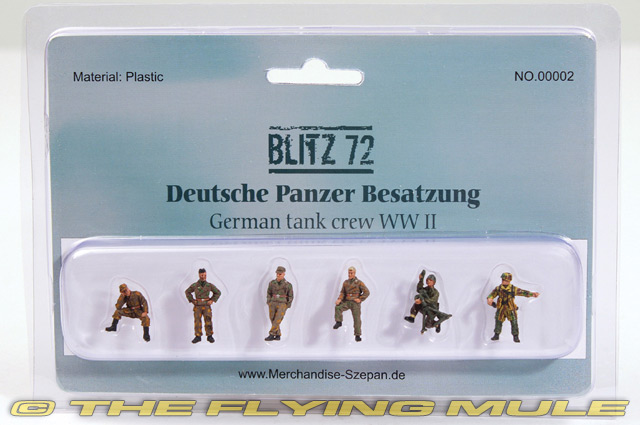 BL00002 GERMAN TANK CREW Pre Painted Plastic Figure 172 SCALE