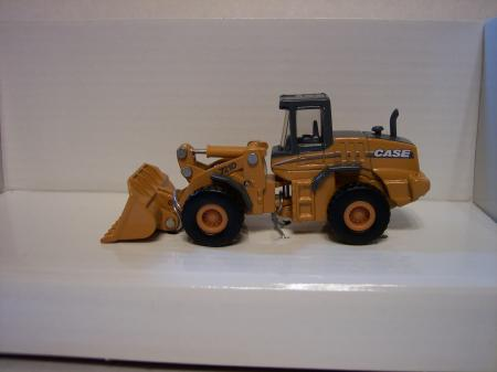 NOR21003 Case 721 D Wheel Loader 187 Scale