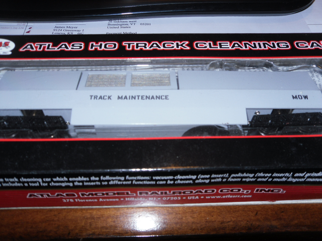Atlas 20 000 374 Cleaning Car MOW Gray HO Scale