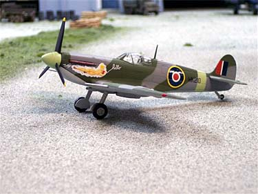 "B11D001 Spitfire Mk. IX U.K. Royal Air Force ""Hello"" 148 Scale"