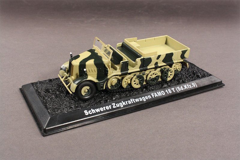 "BL18600 Sd.Kfz.9 ""Famo"" HalfTrack 172 Scale"
