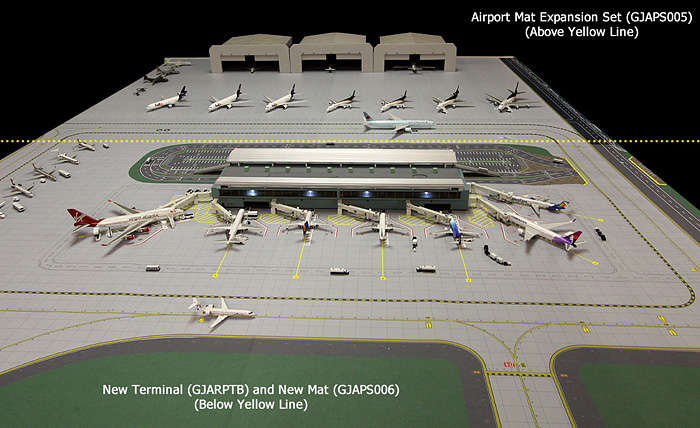 GJAPS006 2 Piece Airport Matt Set 1/400 Scale