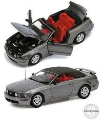 B11E558 Ford Mustang GT Convertible, 2007 Limited Edition