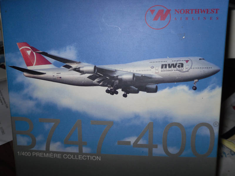 55546 Boeing B747-400 Northwest Airlines 1/400 Scale