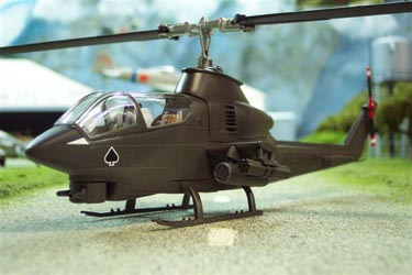 US 51203 Cobra Helicopter 150 Scale